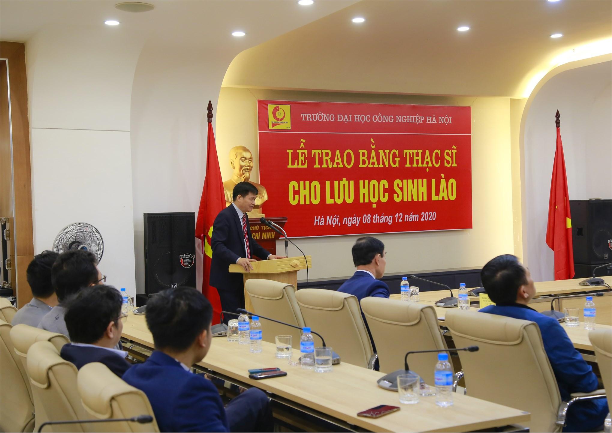 Lễ Trao bằng thạc sĩ cho Lưu học sinh Lào năm 2020